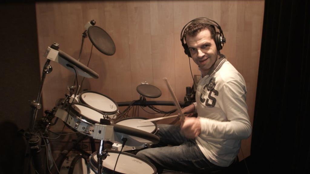 Ramon Drum 01