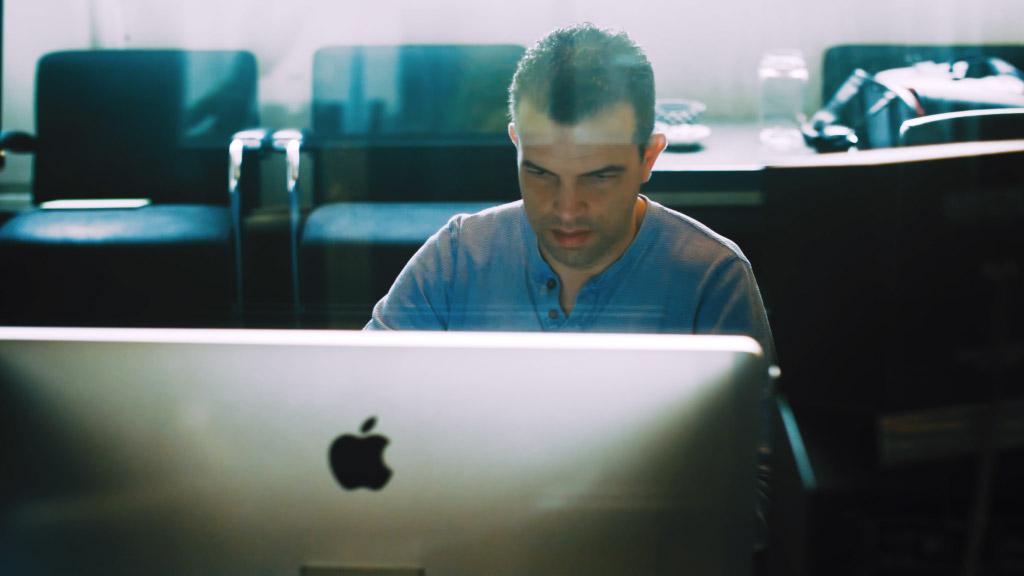 01 Ramon at work
